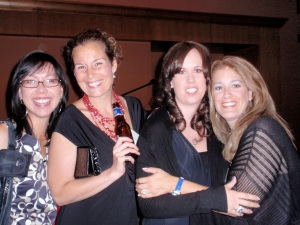 SlimPerfect LBD contest winner, Courtney, and her friends at People's Party